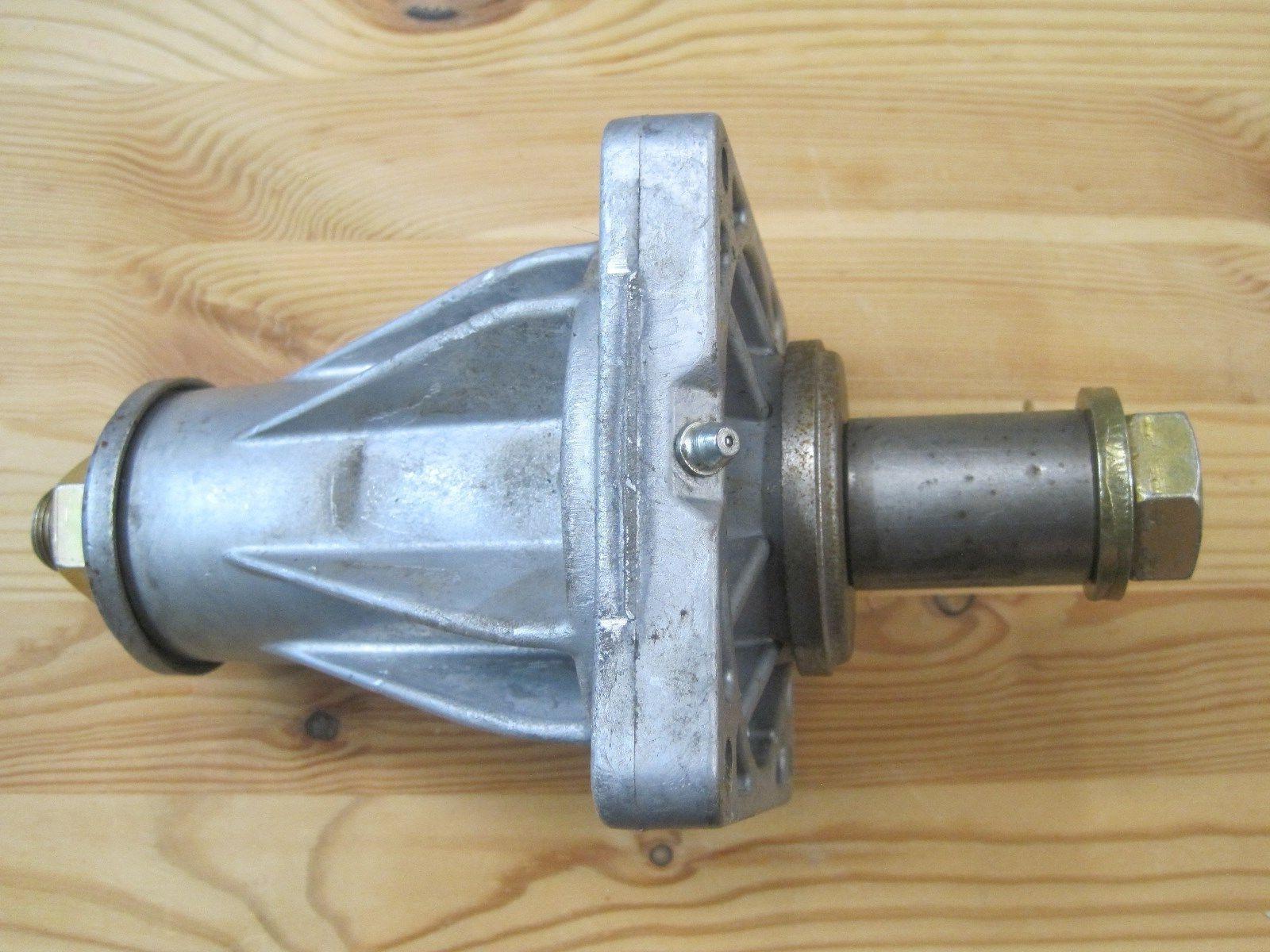 LAWN MOWER SPINDLE ASM-DECK 618-06076 MTD TROY-BILT CUB CADE